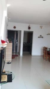 Gallery Cover Image of 950 Sq.ft 2 BHK Apartment for buy in Thane West for 14000000