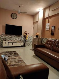 Gallery Cover Image of 950 Sq.ft 2 BHK Apartment for rent in Smital Avenue Wing - A, Mira Road East for 16000