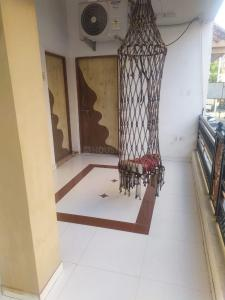 Gallery Cover Image of 1250 Sq.ft 1 BHK Independent House for rent in Gurukul for 12500
