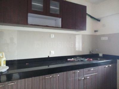 Gallery Cover Image of 1065 Sq.ft 2 BHK Apartment for rent in Kandivali East for 28500