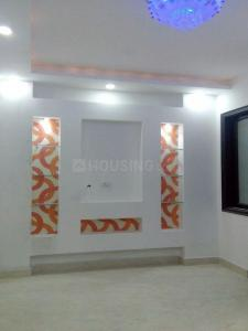 Gallery Cover Image of 450 Sq.ft 1 BHK Apartment for rent in Dwarka Mor for 6500