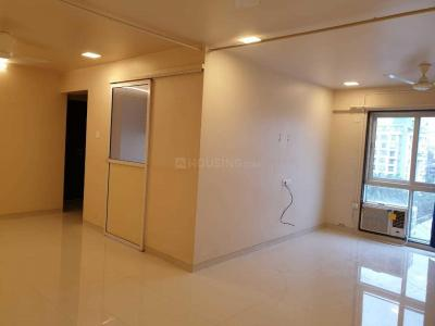 Gallery Cover Image of 1250 Sq.ft 3 BHK Apartment for rent in Carter Apartment, Bandra West for 150000