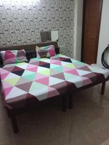 Bedroom Image of Naresh PG in Sector 57