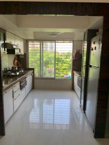 Gallery Cover Image of 1200 Sq.ft 2 BHK Apartment for buy in Bhattad Aurus, Borivali West for 26500000