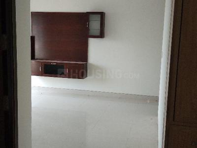 Gallery Cover Image of 1800 Sq.ft 3 BHK Apartment for rent in Ramapuram for 32000