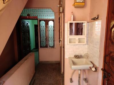 Gallery Cover Image of 900 Sq.ft 2 BHK Independent Floor for rent in Tilak Nagar for 20000