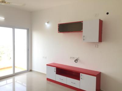 Gallery Cover Image of 1251 Sq.ft 3 BHK Apartment for rent in Gem Grove, Padur for 15000