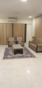 Gallery Cover Image of 7200 Sq.ft 5 BHK Apartment for buy in Hiranandani Richmond, Powai for 180000000