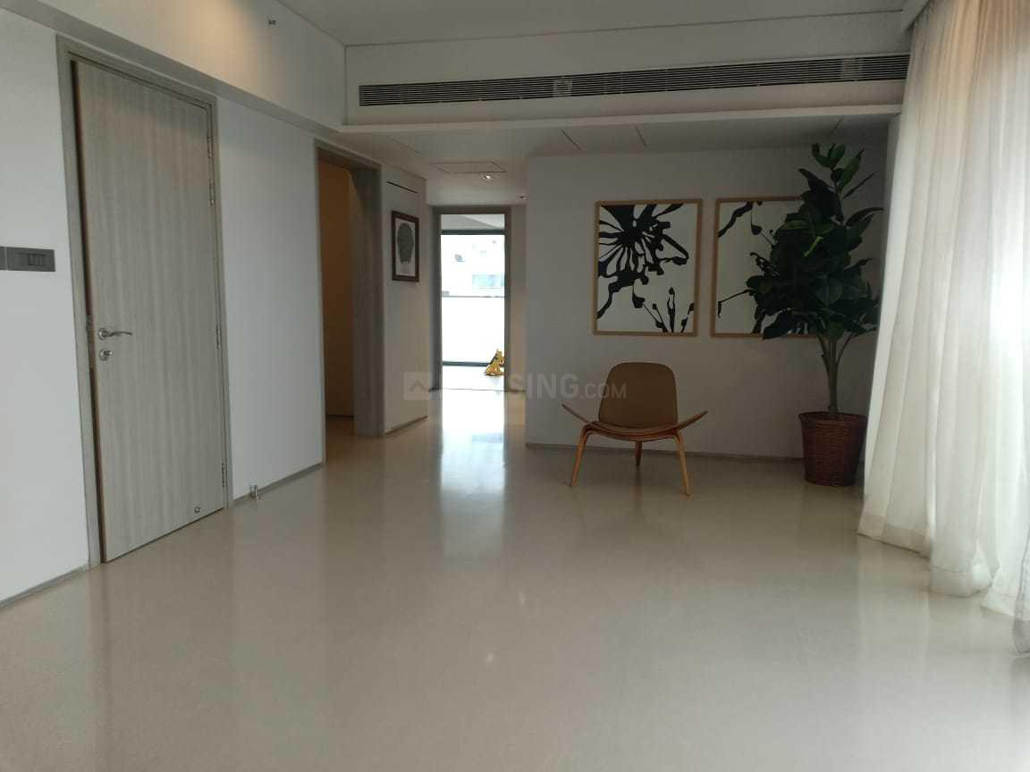 Living Room Image of 890 Sq.ft 3 BHK Apartment for rent in Santacruz West for 125000