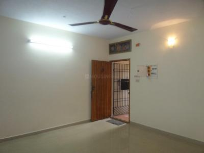 Gallery Cover Image of 1400 Sq.ft 3 BHK Apartment for rent in KK Nagar for 25000