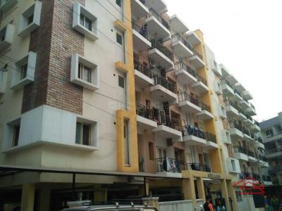 Gallery Cover Image of 1212 Sq.ft 2 BHK Apartment for buy in United Daffodil, Mahadevapura for 5200000