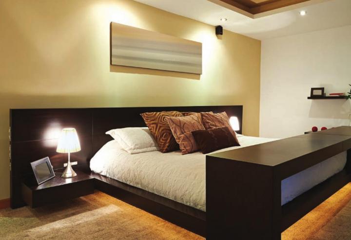 Bedroom Image of 1019 Sq.ft 2 BHK Apartment for buy in Shapoorji Pallonji BKC 28, Bandra East for 24900000