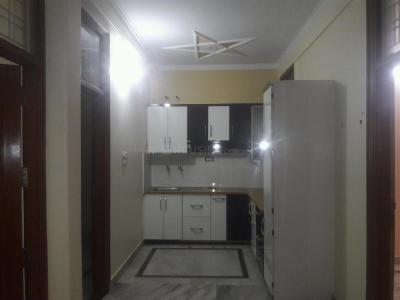 Gallery Cover Image of 1100 Sq.ft 3 BHK Apartment for rent in Vasant Kunj for 18000