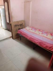 Bedroom Image of Ishaan Properties PG in Baljit Nagar