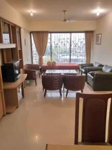 Gallery Cover Image of 1250 Sq.ft 2 BHK Apartment for rent in Neelkanth Valley, Ghatkopar East for 60000