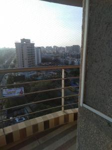 Gallery Cover Image of 1366 Sq.ft 3 BHK Apartment for rent in Harsh Residency And The Corporate Lounge, Mira Road East for 34000