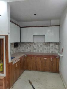 Gallery Cover Image of 1100 Sq.ft 3 BHK Independent Floor for buy in Mahavir Enclave for 5800000