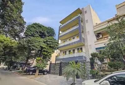 Building Image of PG 5372523 Sushant Lok I in Sushant Lok I