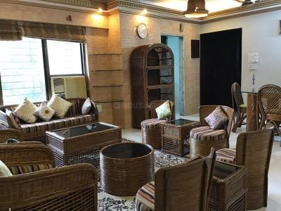 Gallery Cover Image of 1650 Sq.ft 3 BHK Apartment for rent in Kandivali East for 65000