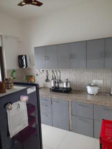 Gallery Cover Image of 1100 Sq.ft 2 BHK Apartment for rent in Tata Housing Avenida, New Town for 35000