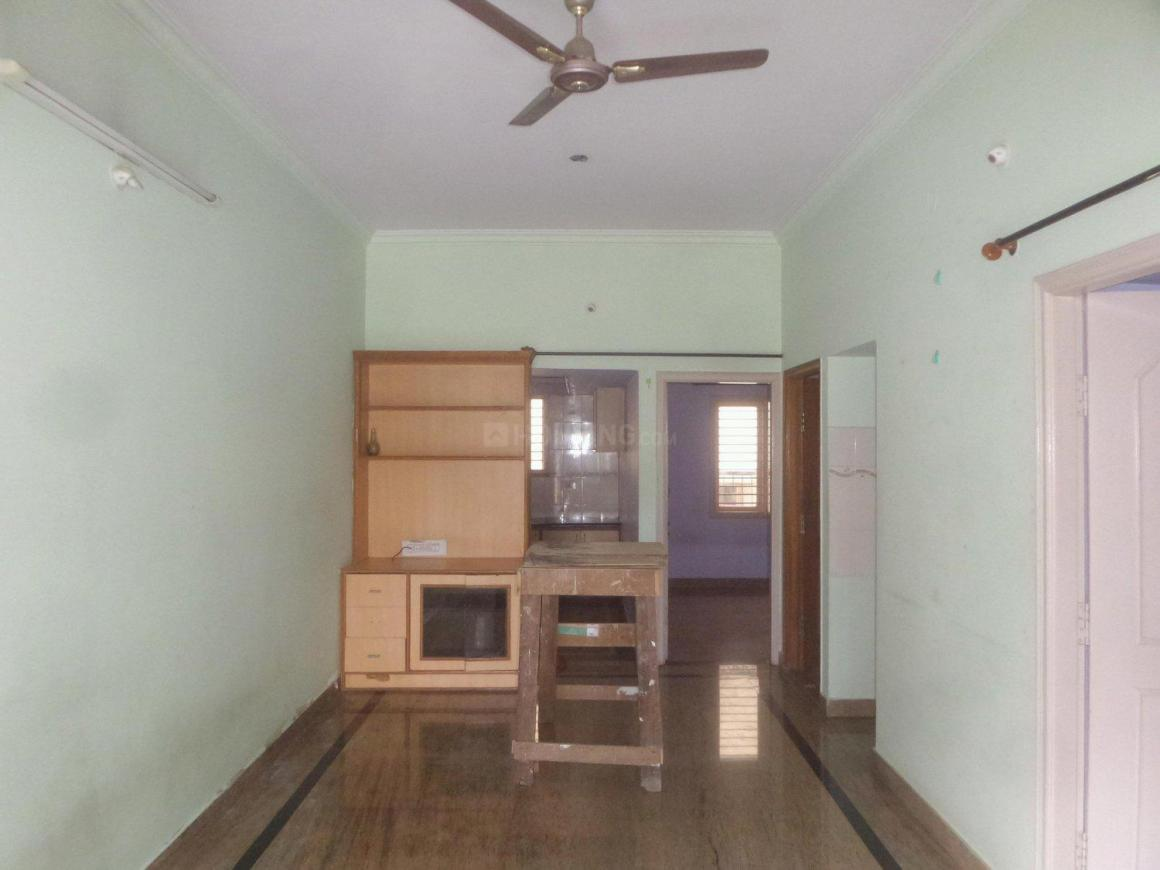Living Room Image of 1000 Sq.ft 2 BHK Apartment for rent in Amrutahalli for 11000
