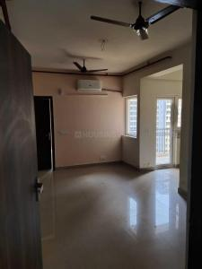 Gallery Cover Image of 1125 Sq.ft 2 BHK Apartment for rent in Pigeon Spring Meadows, Noida Extension for 8500