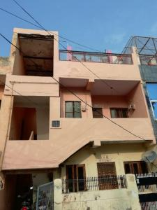 Gallery Cover Image of 850 Sq.ft 1 BHK Independent House for rent in Raj Nagar Extension for 6000