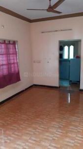 Gallery Cover Image of 750 Sq.ft 2 BHK Apartment for rent in Urapakkam for 10000