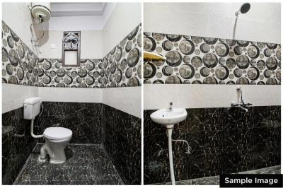 Common Bathroom Image of Oyo Life Hyd1222 Hafeezpet in Hafeezpet
