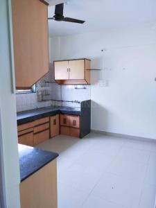 Gallery Cover Image of 800 Sq.ft 2 BHK Apartment for rent in Shaniwar Peth for 23000