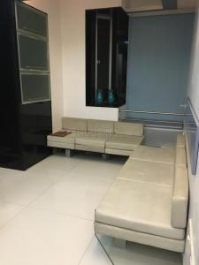 Gallery Cover Image of 780 Sq.ft 2 BHK Apartment for rent in Sion for 46000