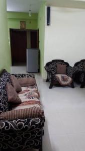 Gallery Cover Image of 1653 Sq.ft 3 BHK Apartment for buy in Anna Nagar for 19000000