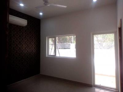 Gallery Cover Image of 950 Sq.ft 2 BHK Apartment for buy in Green Field Colony for 2631000