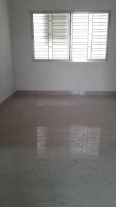 Gallery Cover Image of 800 Sq.ft 2 BHK Apartment for rent in Agarpara for 8000