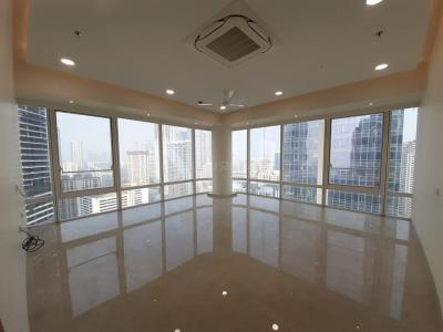 Gallery Cover Image of 2000 Sq.ft 3 BHK Apartment for rent in Indiabulls Blu Tower B, Worli for 260000