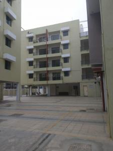 Gallery Cover Image of 1404 Sq.ft 3 BHK Apartment for rent in Garfa for 25000