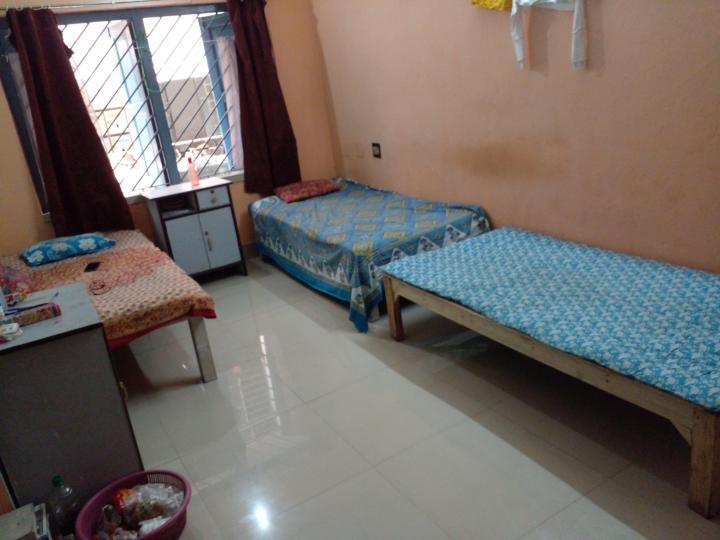 जड़ावपुर में वूमेन्स मेस फ़ॅमिली के बेडरूम की तस्वीर