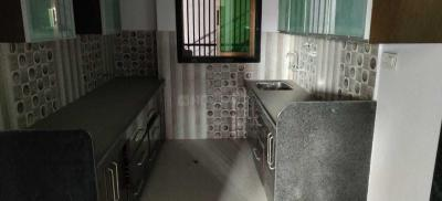 Gallery Cover Image of 1600 Sq.ft 3 BHK Apartment for rent in Khema-Ka-Kuwa for 18000