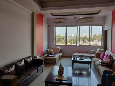 Gallery Cover Image of 2450 Sq.ft 3 BHK Apartment for buy in Marine Lines for 150000000