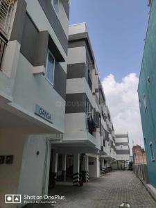Gallery Cover Image of 822 Sq.ft 2 BHK Apartment for rent in Korattur for 12000