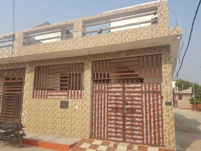 Gallery Cover Image of 600 Sq.ft 1 BHK Independent House for buy in Mohanlalganj for 1700000