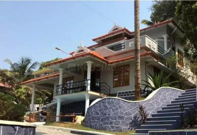 Gallery Cover Image of 3000 Sq.ft 5 BHK Villa for buy in Thiruvalla for 70000000