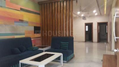 Gallery Cover Image of 2000 Sq.ft 3 BHK Apartment for rent in Jubilee Hills for 45000