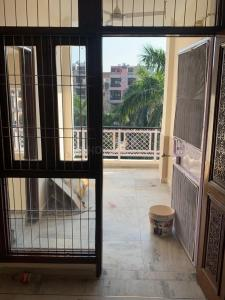 Gallery Cover Image of 1000 Sq.ft 2 BHK Independent Floor for rent in Greater Kailash for 35000