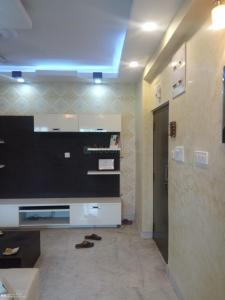 Gallery Cover Image of 1400 Sq.ft 3 BHK Apartment for buy in Hussainpur for 6500000