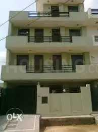 Gallery Cover Image of 600 Sq.ft 1 BHK Independent Floor for rent in Sector 36 for 13500