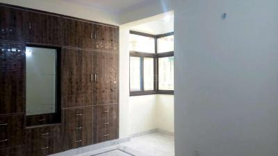 Gallery Cover Image of 1950 Sq.ft 3 BHK Apartment for rent in Sector 18 Dwarka for 26000