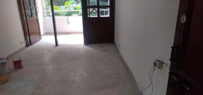 Gallery Cover Image of 1000 Sq.ft 2 BHK Apartment for rent in Navkala Apartment, Mandawali for 18000