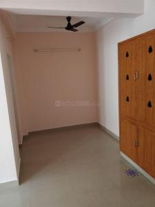 Living Room Image of 950 Sq.ft 2 BHK Apartment for rent in Tambaram for 13000