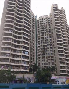 Gallery Cover Image of 700 Sq.ft 2 BHK Apartment for buy in DB Orchid Suburbia, Kandivali West for 18000000